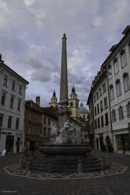 slovenia photos fountain