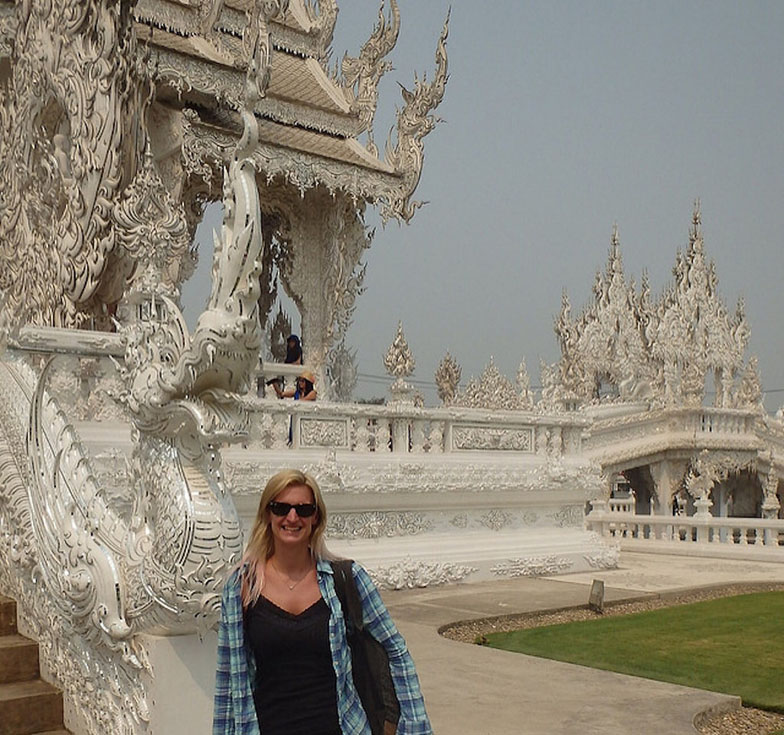 solo female travel chiang rai