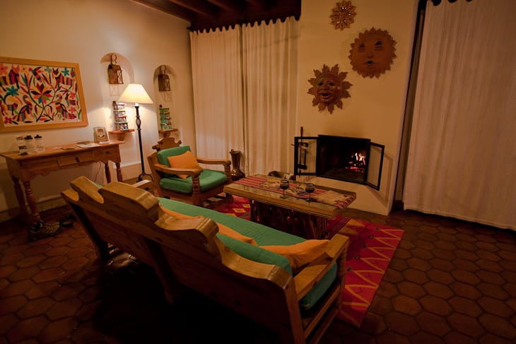 spa mexico fireplace