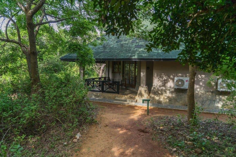 safari in sri lanka accommodation
