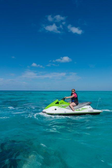 superyacht-regatta-americas-cup-jetski