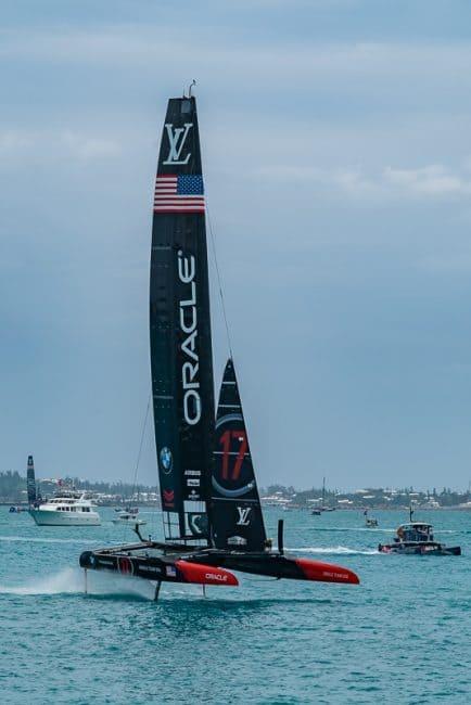 superyacht-regatta-americas-cup-Oracle-team