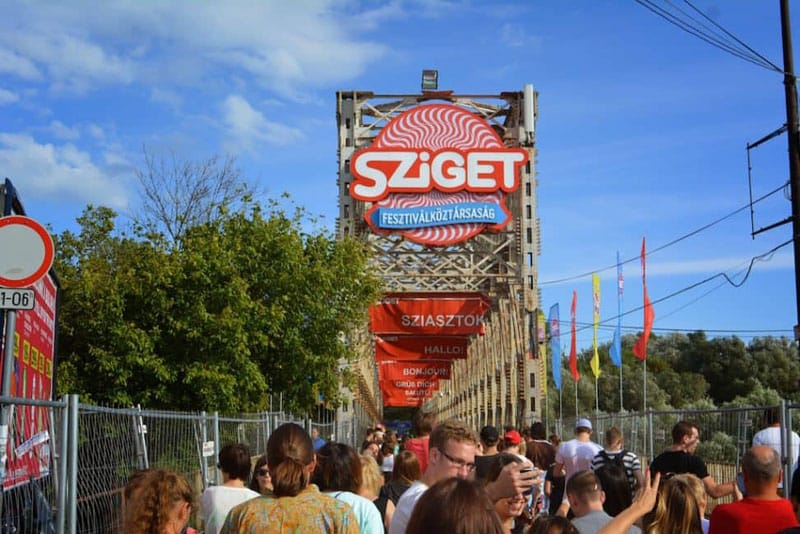 sziget festival entrance sign