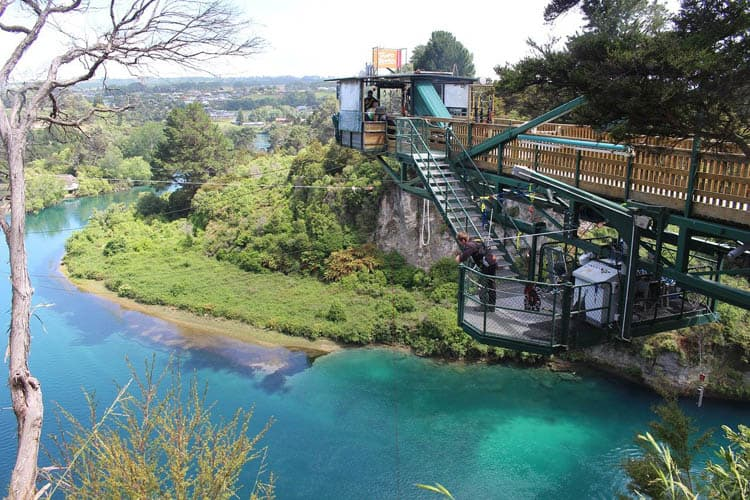 new zealand bungee jump- taupo