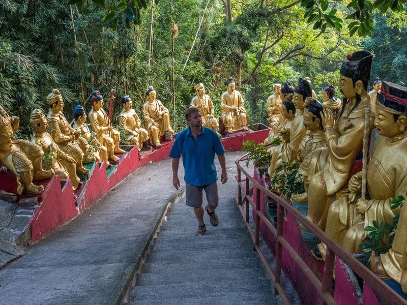 10,000 buddhas monastery steps