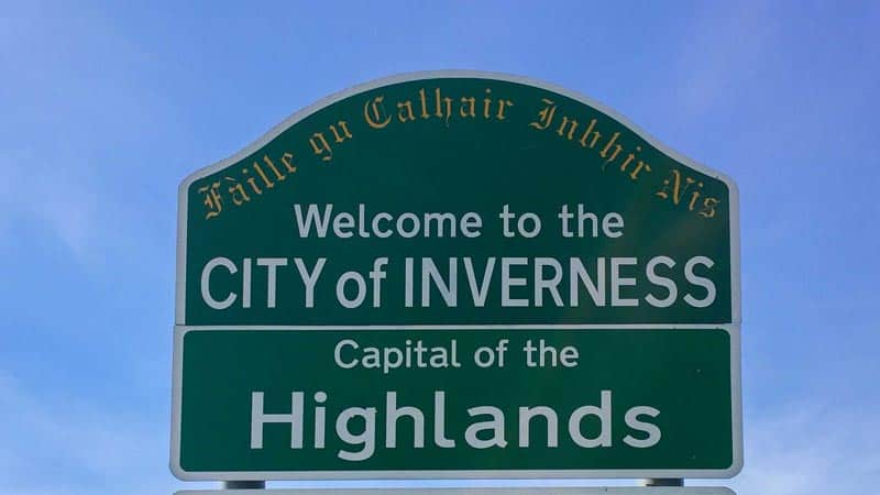 what to do in Inverness welcome sign