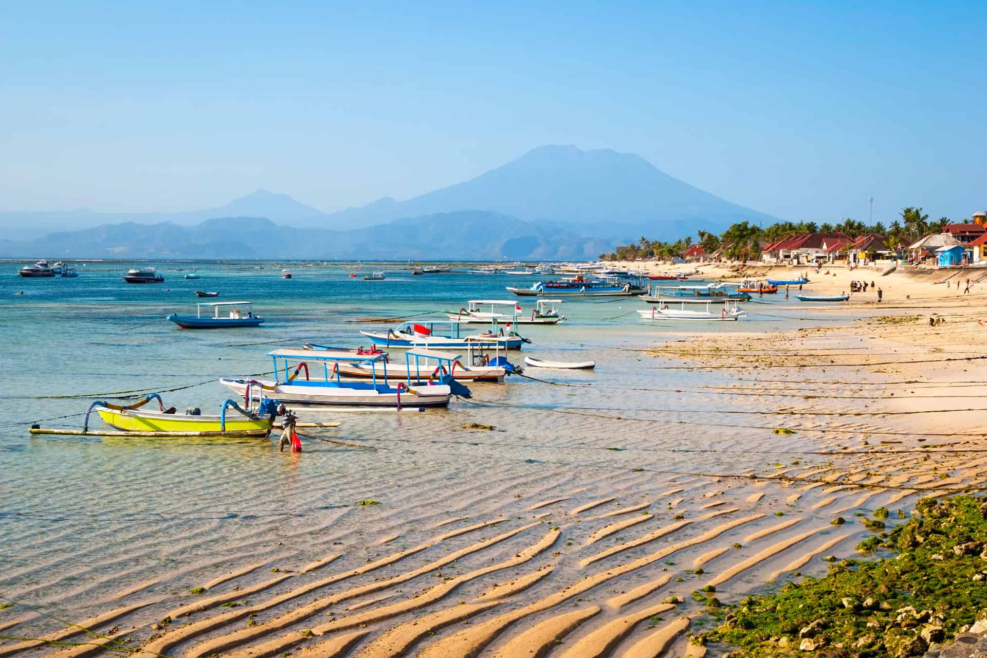 bali day trips nusa lembongan beach
