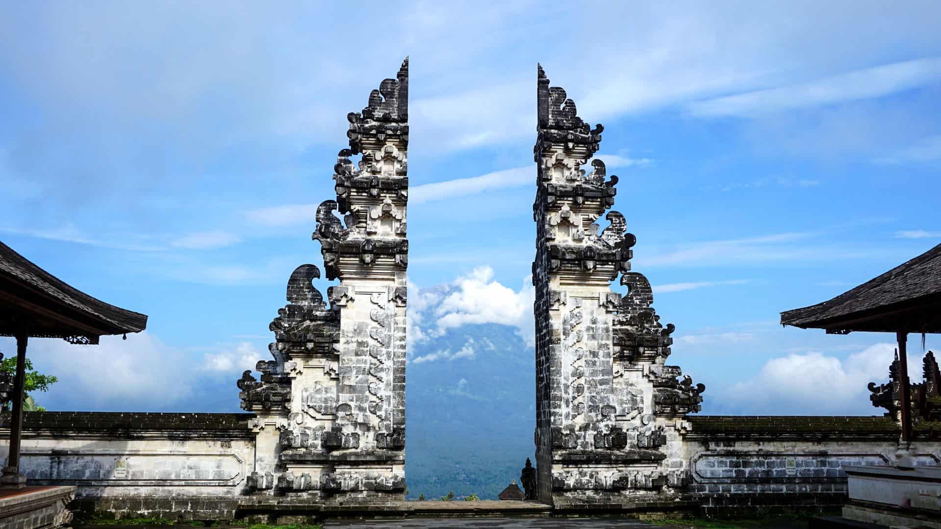 pura lempuyang or lempuyang temple the gate of heaven the temple
