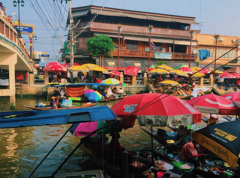 The Amphawa Floating Market in Bangkok