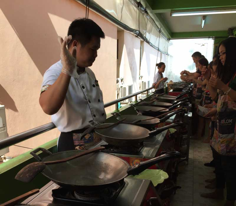 authentic cooking class in Bangkok