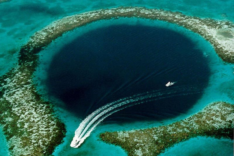 things to see in belize | blue hole