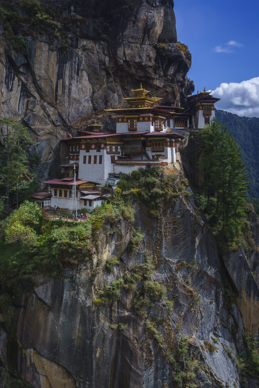 things to do in bhutan tiger's nest monastery