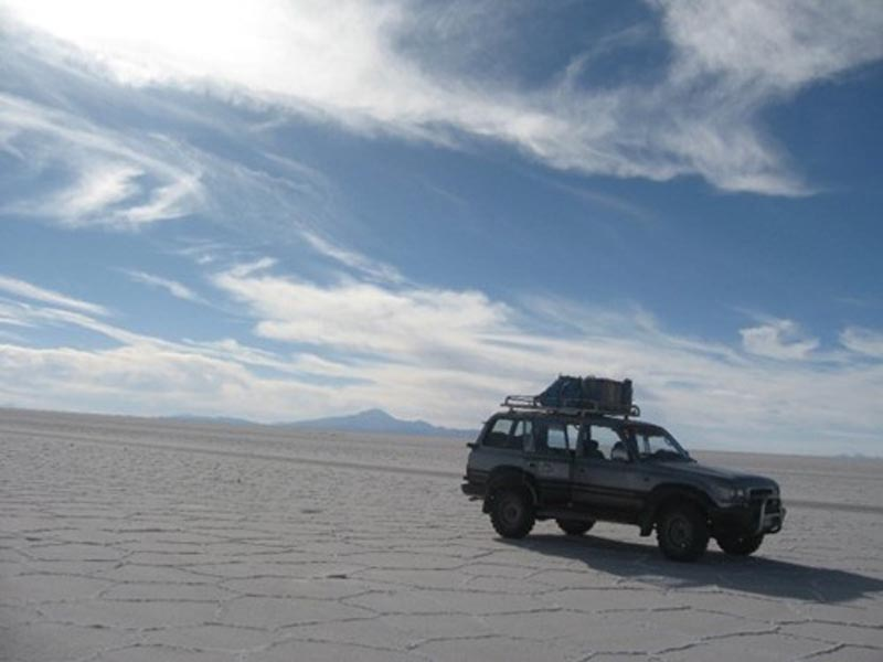 things to do in bolivia salt flats
