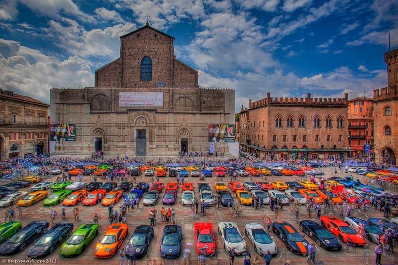 visit bologna piazza maggiore