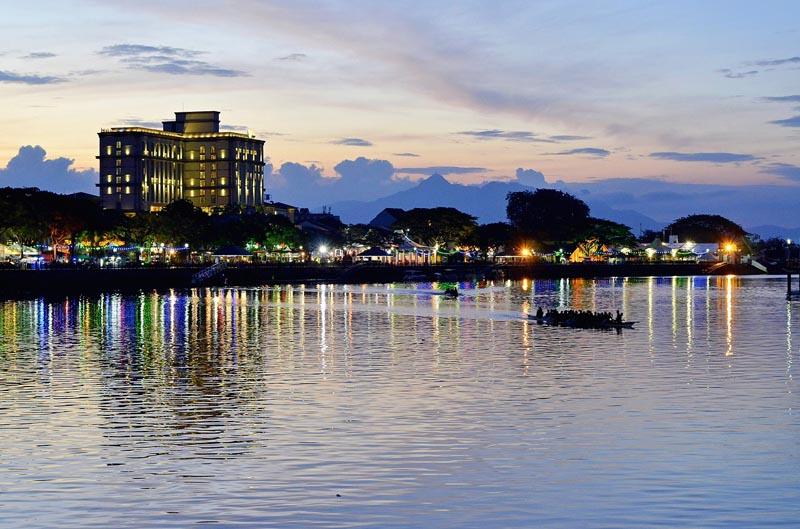 things to do in borneo kuching