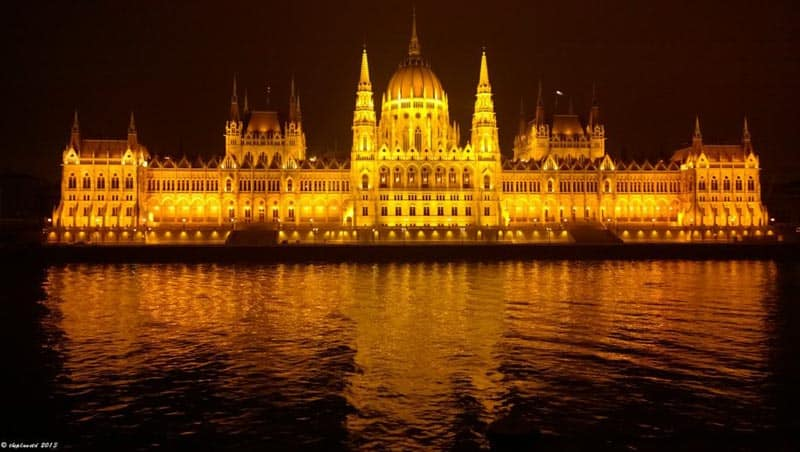 things to do in budapest danube river | hungarian parliament building