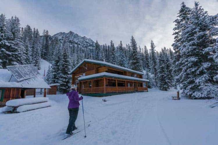 things to do in canada in winter | ski to a backcountry lodge