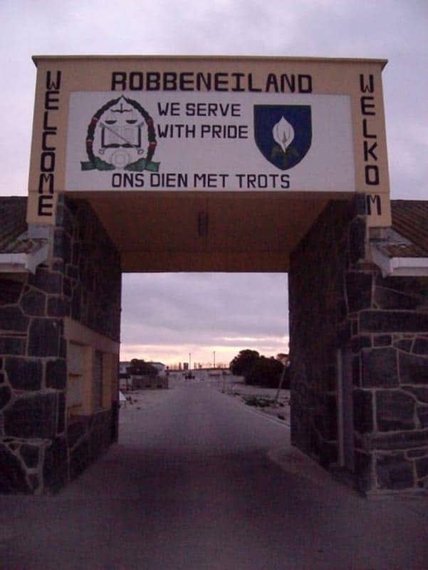 visit robben island from cape town