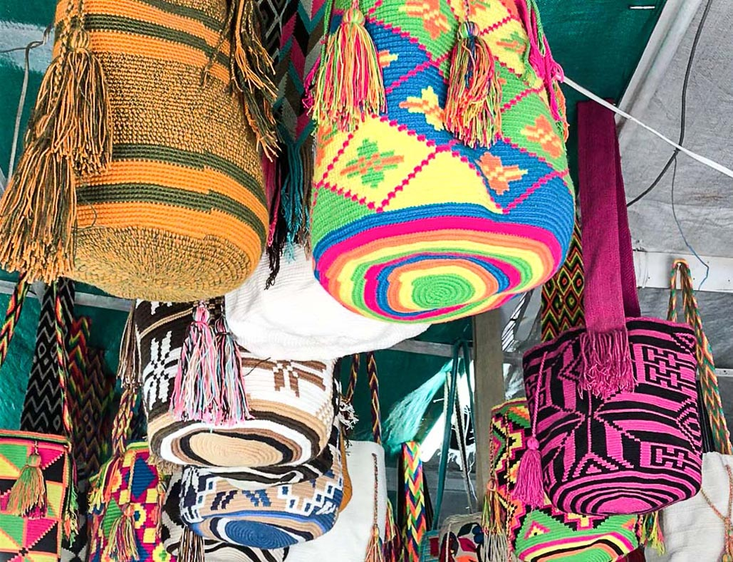 what to do in cartagena colombia shopping