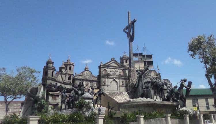 things to do in Cebu Magellan's Cross
