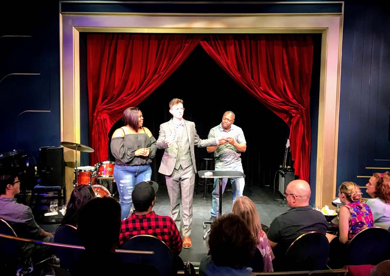 fun things to do in chicago   magic lounge