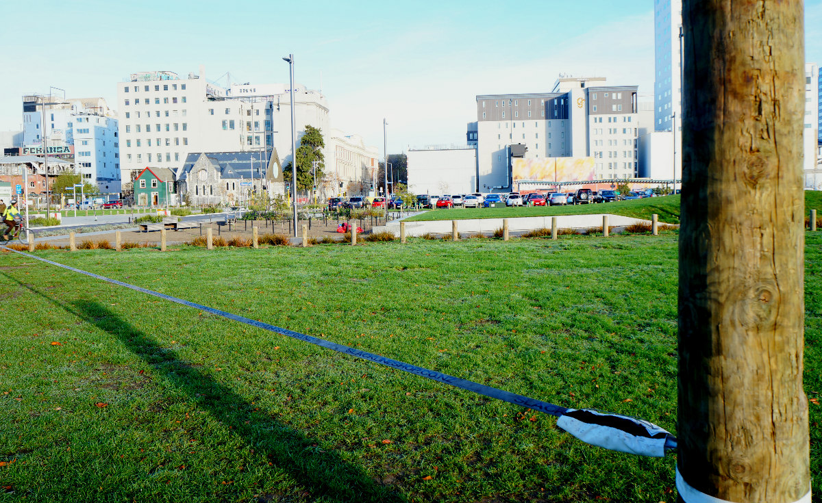 things to do in christchurch for free | slacklining park south island