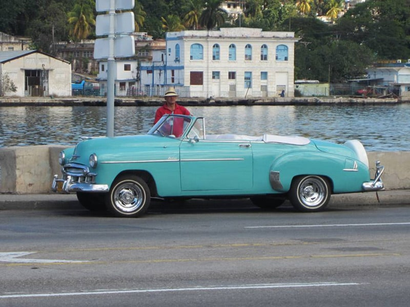 things to do in Cuba old cars