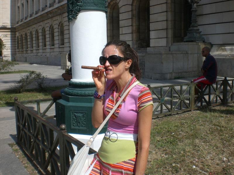 smoke a cigar in Havana Cuba