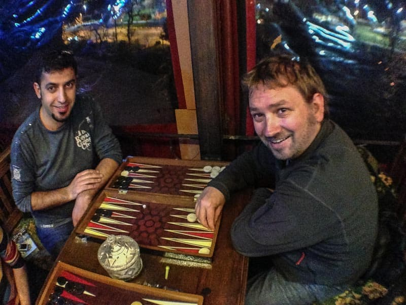 fun things to do in Istanbul, backgammon