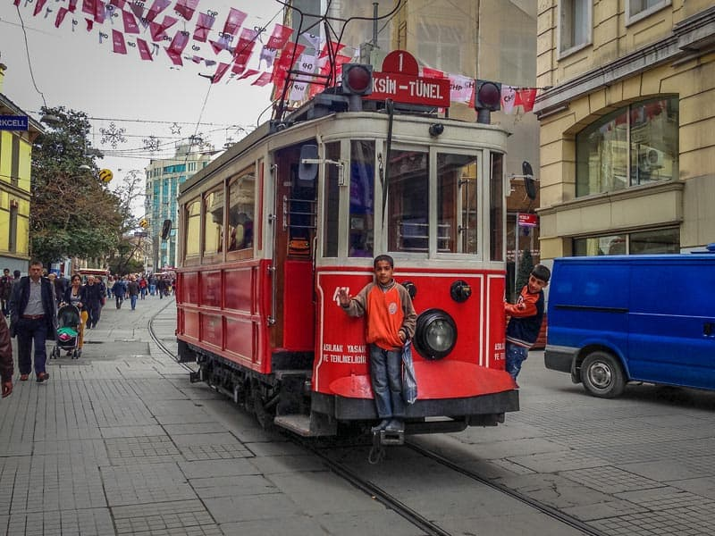 thing to do in Istanbul Istiklal Street