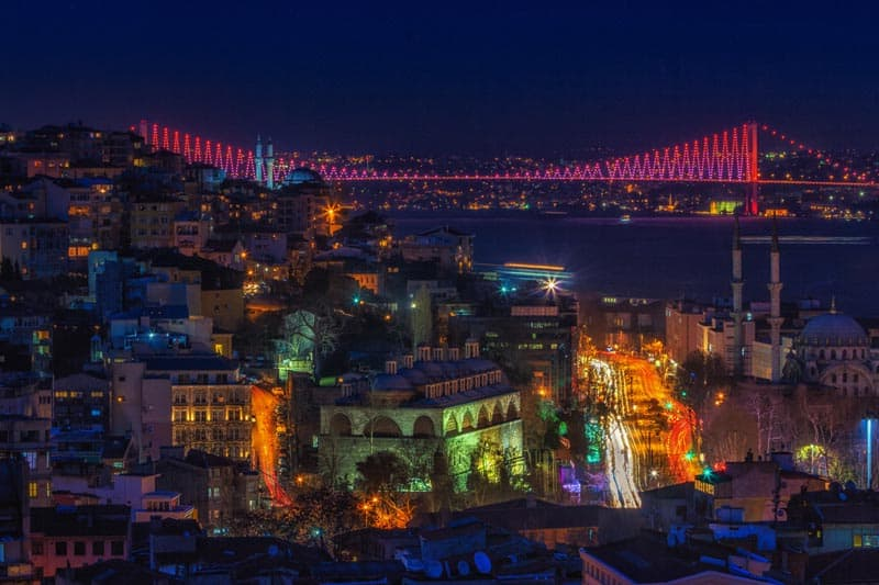 nightlife in Istanbul