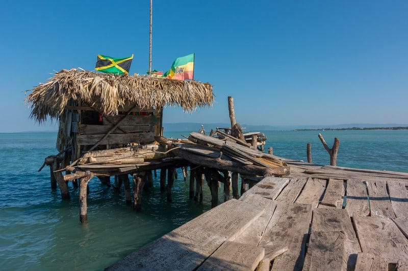 what to do in jamaica pelican bar