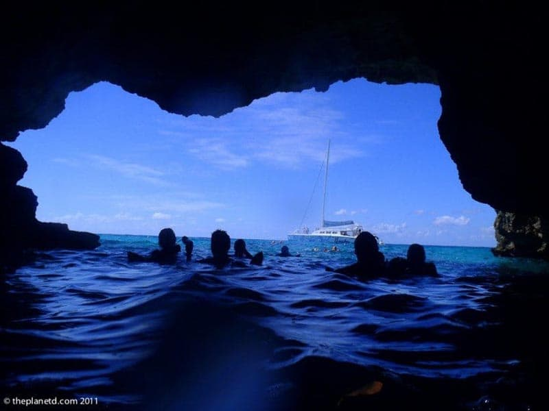 what to do in Jamaica pirate's cave