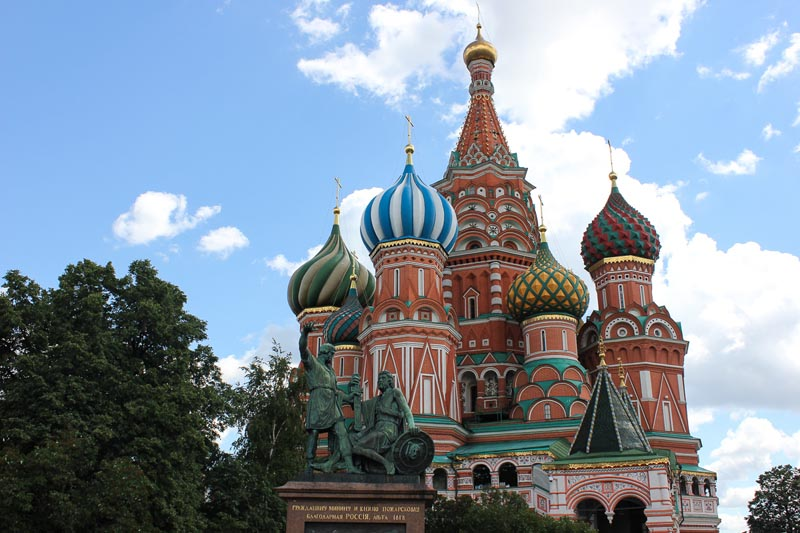 things to do in red square | st. basil's cathedral