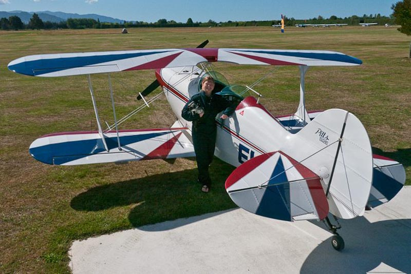 unique things to do in New Zealand fly a stunt plane
