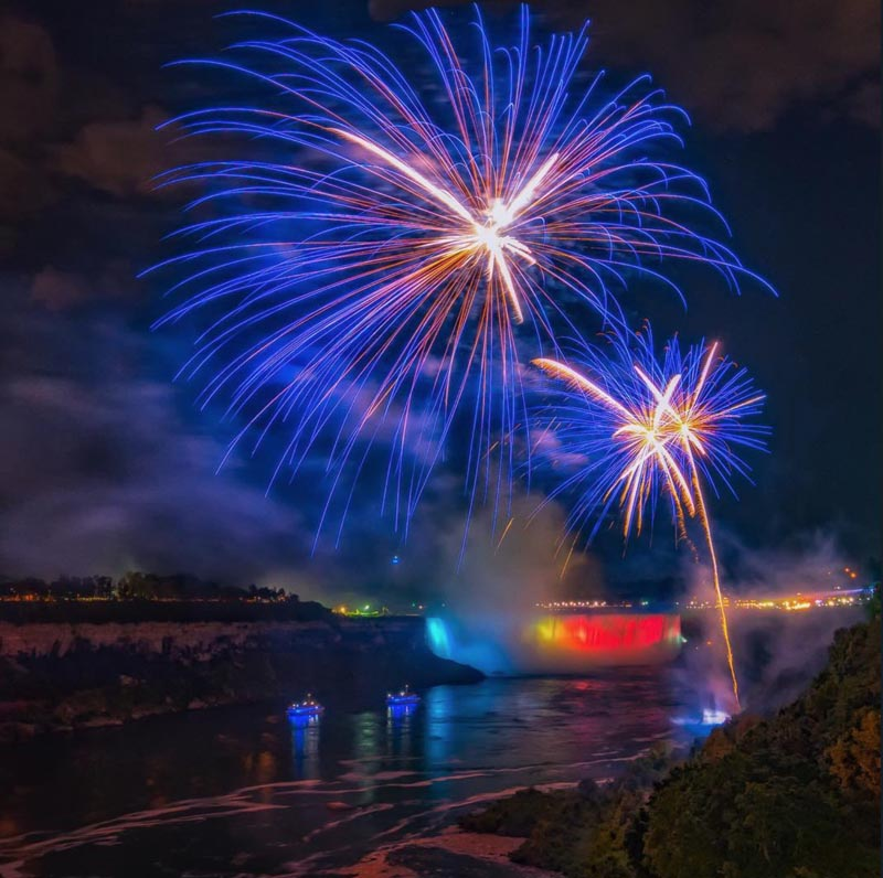 niagara things to do fireworks