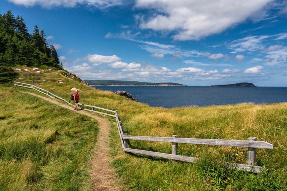nova scotia tourist attractions hiking trail