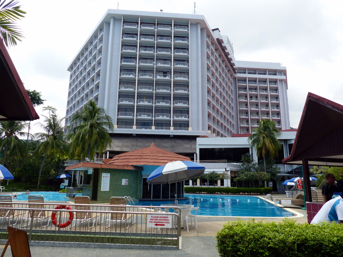 where to stay in Penang Malaysia | Bayview Beach Resort