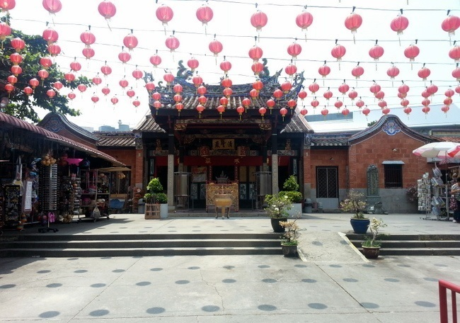 penang attractions | Snake temple