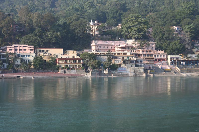 things to do in rishikesh ashram