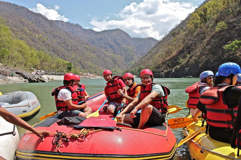 what to do in rishikesh whitewater rafting