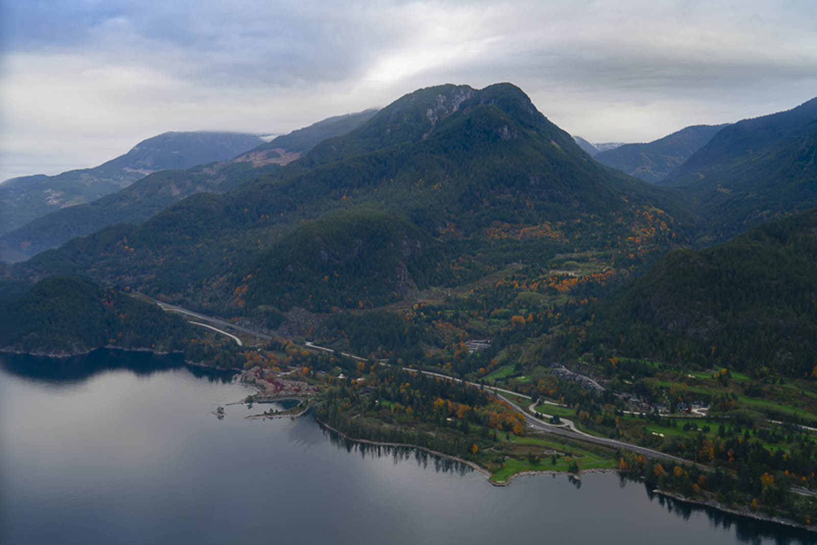 things to do in squamish sea to sky air