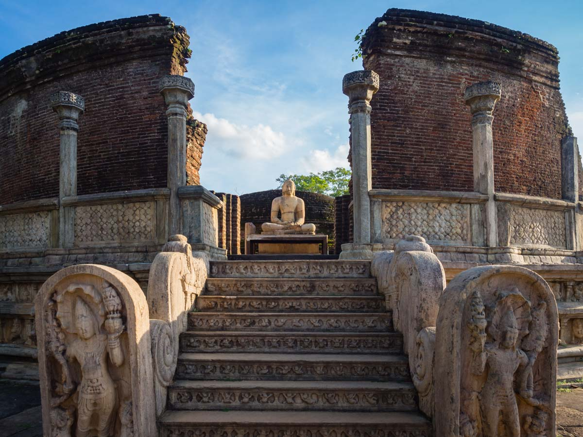 non-touristy things to do in sri lanka | Polonnaruwa