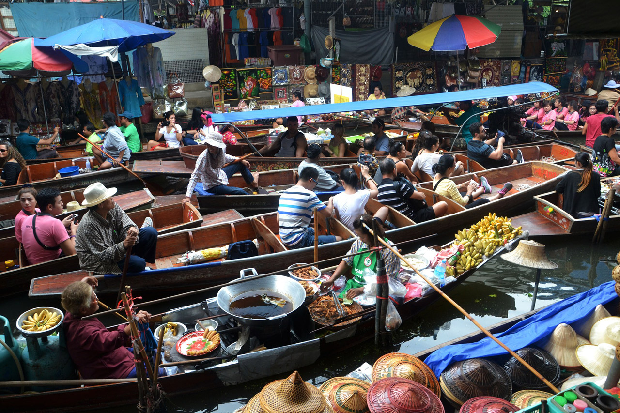 must see places in thailand | floating markets