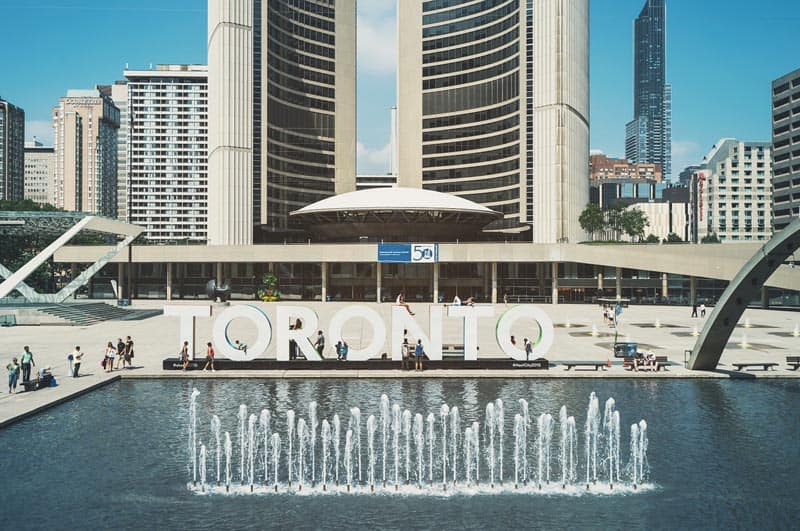 what to do in toronto city hall