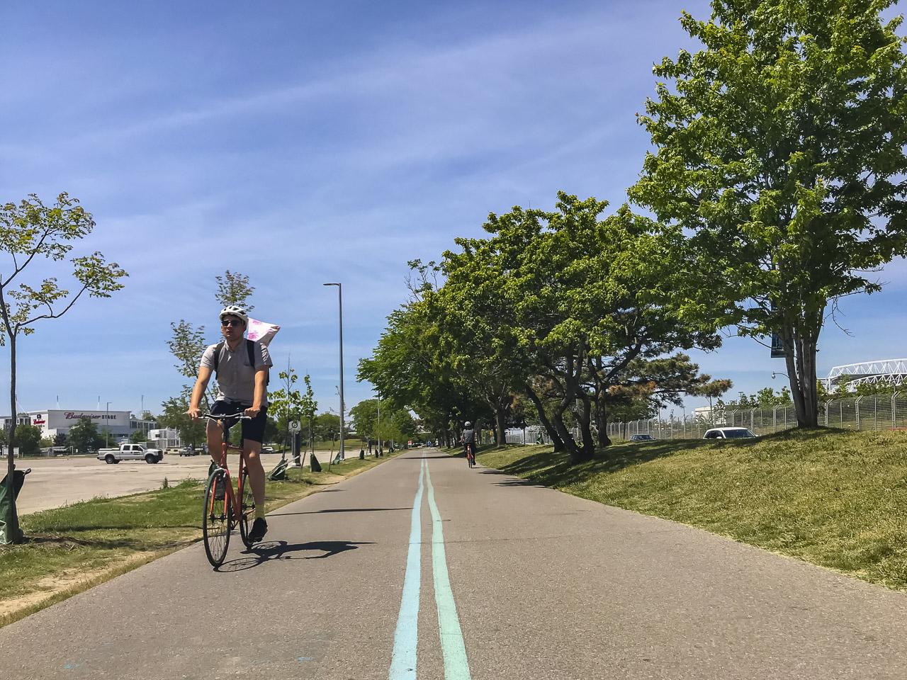 how to get around toronto bike trails