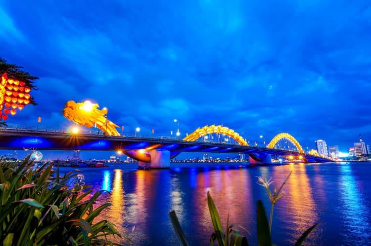 what to see in vietnam dragon bridge