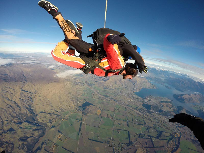 what to do in wanaka skydiving