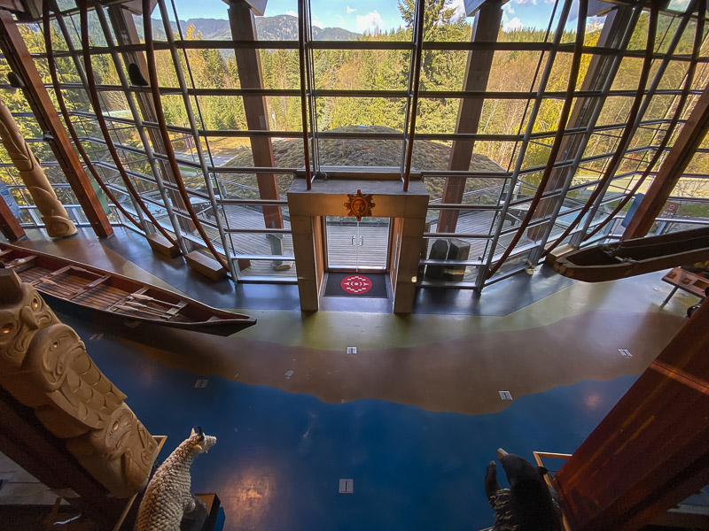 Squamish lilwat centre culturel whistler olumbia britannique