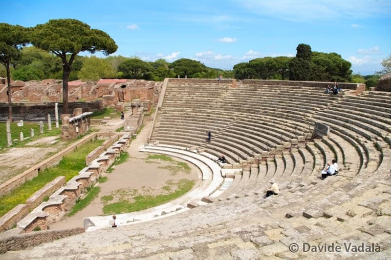 things-to-do-outside-rome-ostia-antica